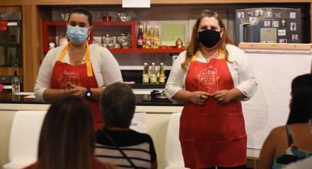 Ação conta com participação da professora Fernanda Bérgamo e da chef Anna Corinna