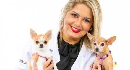 A médica veterinária Karina Melo escolheu a profissão quando tinha apenas 3 anos
