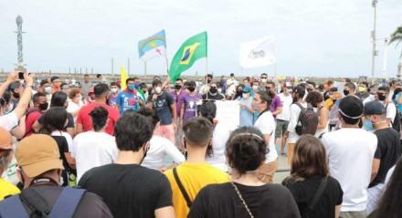 Manifestação teve concentração no Marco Zero do Recife, Centro da capital pernambucana