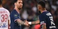 Messi e Neymar durante partida do PSG