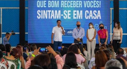 Em Jaboatão, anuncio de novidades para o funcionalismo