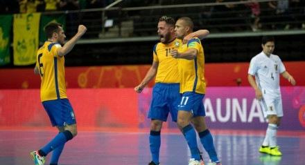 O Brasil passou pelo Japão e chegou às quartas de finais do Mundial de Futsal