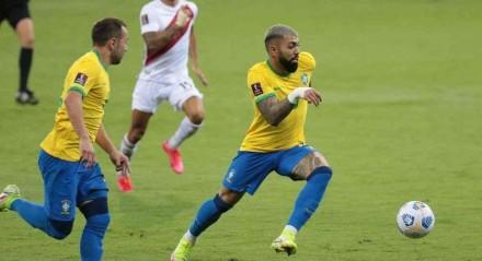 Gabigol tem sido um dos assuntos por parte da torcida após não conseguir render tanto como no Flamengo.