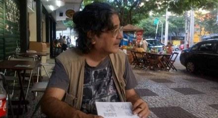 Jornalista de profissão, Ota dirigiu a versão brasileira da revista de humor Mad durante 34 anos