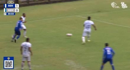 Foram dois lances suspeitos na partida entre Serrano e Goytacaz.