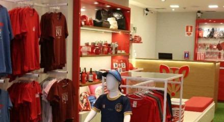 Náutico inaugura loja no shopping RioMar.