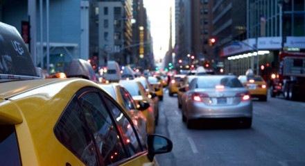 Táxi já vale mais a pena do que aplicativos de transporte em diversos lugares