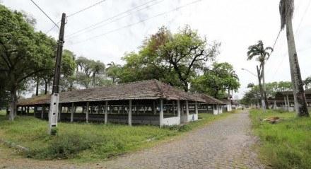 Abandono do Parque de Exposições do Cordeiro dificulta evento de animais esse ano.