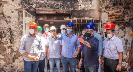 Secretário Rodrigo Novaes visita Itapissuma e discute a reconstrução do Mercado de Artesanato
