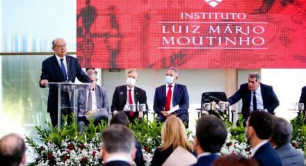 Ministros se encontram no Recife para inaugurar faculdade no Instituto Luiz Mário Moutinho