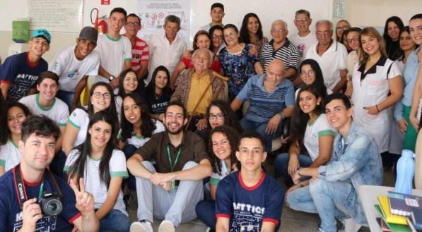 Professor Greiton Toledo e seus alunos desenvolvem projeto que é finalista em prêmio internacional