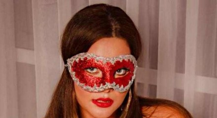 Geisy Arruda posa em ensaios sensuais para seu perfil no OnlyFans