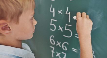 Discalculia: professores tendem a ser os primeiros a identificar o transtorno nas crianças