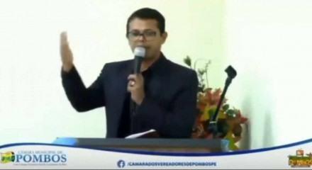 Sessão foi transmitida em tempo real na página da Câmara Municipal de Pombos
