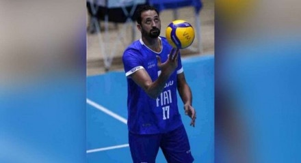 Após pressão de patrocinadores, Minas afasta Maurício Souza por postagens homofóbicas.