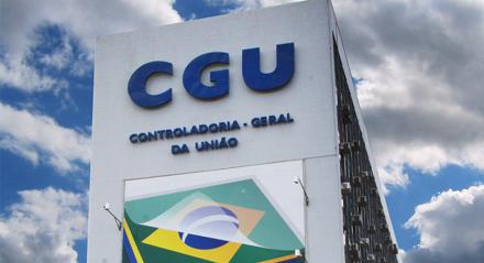 CGU Segundo o documento que autorizou o concurso, seu edital deve ser publicado em, no máximo, seis meses